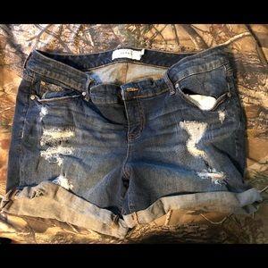 Torrid Jean shorts size 18